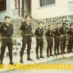 Comores 78 - Cadres GP tenue noire