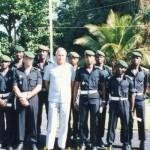 Comores 78 - Fin du peloton des eleves sous-officiers - apres la remise des diplomes