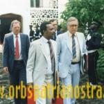 Comores 78 - Sortie du bureau du President Abdallha avec une delegation de RSA