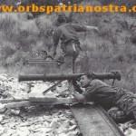 Katanga 62 - Le Colonel - essai de lance roquette