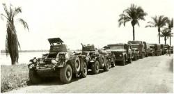 Photo 35 - Formation de la colonne au départ de Bumba, ferrets en tête
