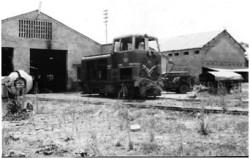 Photo 44 - Motrice au milieu de la gare de Buta