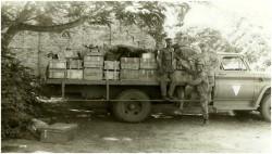 Photo 6 - Camion de voltige  spécialement équipé